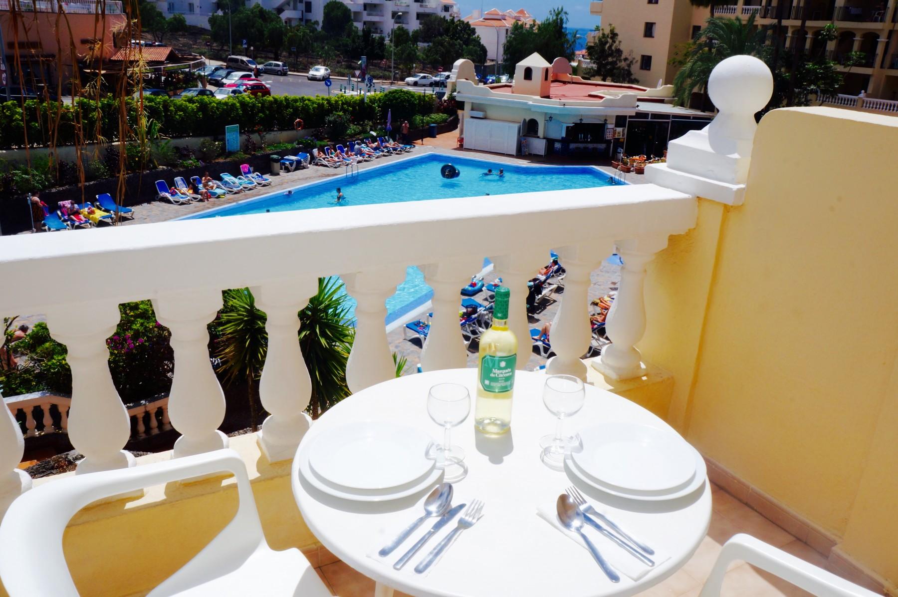 Aparhotels in Los Cristianos CASTLE HARBOUR Soleado con